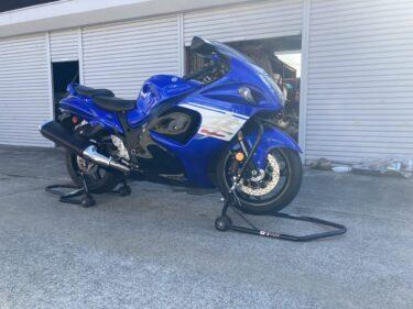 【大型バイク】GSX1300R 隼 メンテナンススタンドの使い方【Jトリップ】